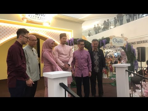 Fattah and Fazura at Quill City HSC Book Signing (11/06/2017)