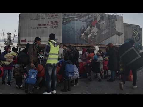 ΑΘΗΝΑ: ΑΦΙΞΗ ΣΤΟ ΛΙΜΑΝΙ ΠΕΙΡΑΙΑ / ATHENS: ARRIVAL AT PIRAEUS PORT (2015-16) #7