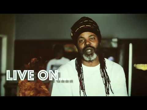 EMOE TVEE  E Moe X Don Blanco    Ain't That A Bit H !!!  Mixtape Video
