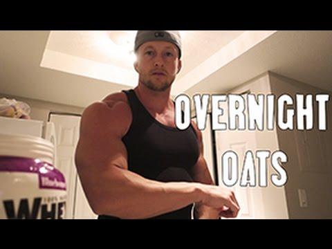 Muscle Breakfast: Overnight Oats