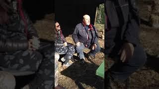 Кузенков травит байки на фестивале охотников под Ревдой