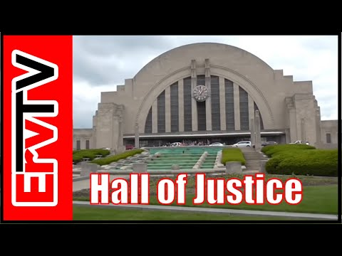Hall of Justice Cincinnati, Arrowverse, STAR Labs - AV102