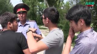 Кортежи автомашин на штрафстоянку — Выпускники Бишкека отмечают последний звонок