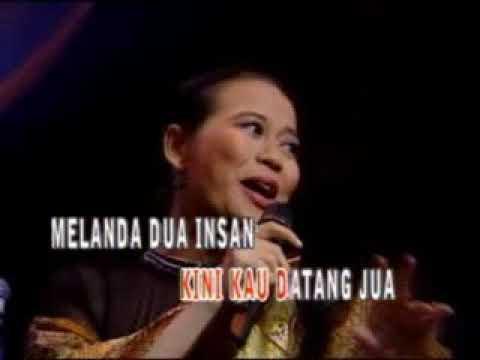 Broery Marantika -  Kharisma Cinta (Feat Dewi Yull)