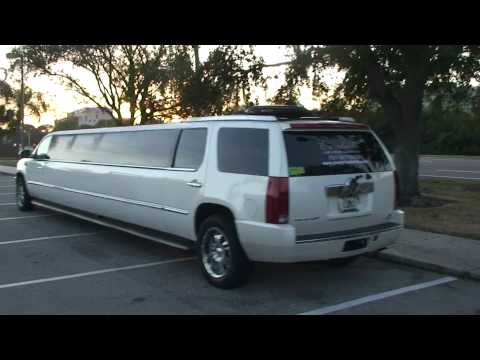 SUPER LONG STRECH LIMOUSINE IN TAMPA BAY FLORIDA