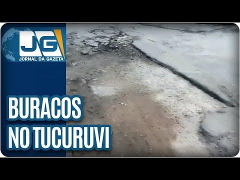 Buracos em viela do Tucuruvi