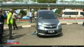 Download Video [ANTV] TOPIK Mayat Wanita Cantik di Parkiran Bandara MP3 3GP MP4