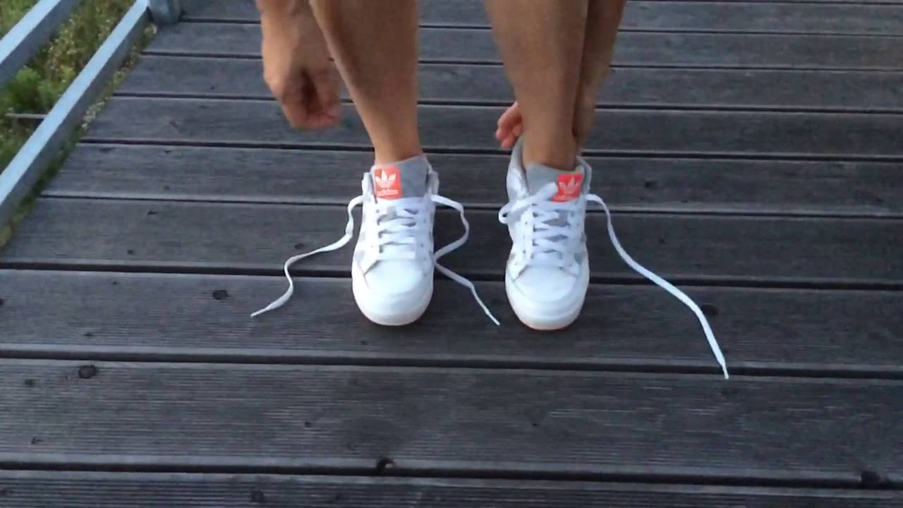 Ulrike tie shoelaces lace up shoes schuhe zubinden schn rsenkel binden schleife binden - Schleife binden youtube ...