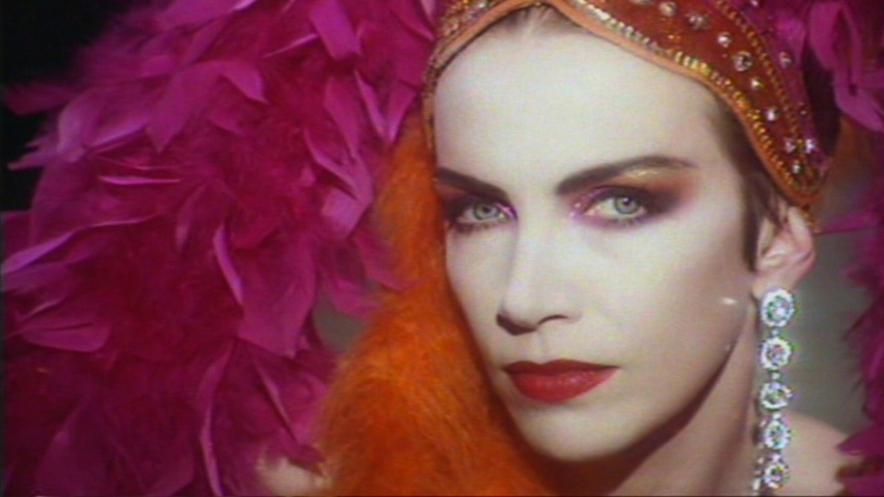 Annie lennox diva full album hd youtube - Annie lennox diva album ...