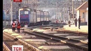 Українці розкупили всі квитки на поїзди(, 2013-04-17T10:16:36.000Z)