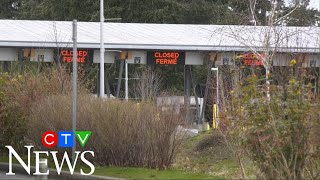 COVID-19 outbreak: Thousands of international passengers still arriving at Canadian airports