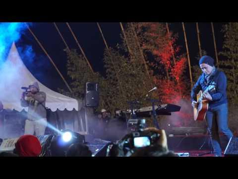 ANJI FEAT IRFAN BORNEO - DIA ( DIENG CULTURE FESTIVAL 2017 )