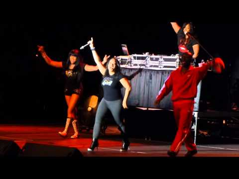 """I'll Take Your Man"" Salt N Pepa@Santander Arena Reading, PA 4/24/15"