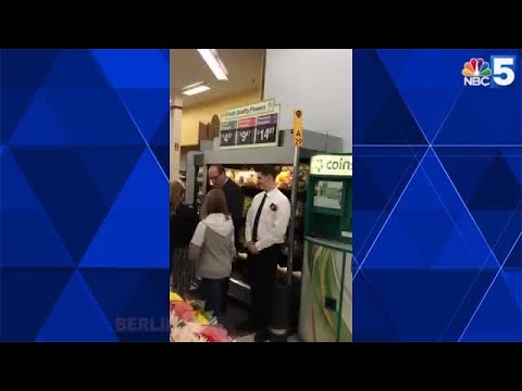 Kelsi - Couple Get Married In The Flower Section At Their Local Walmart