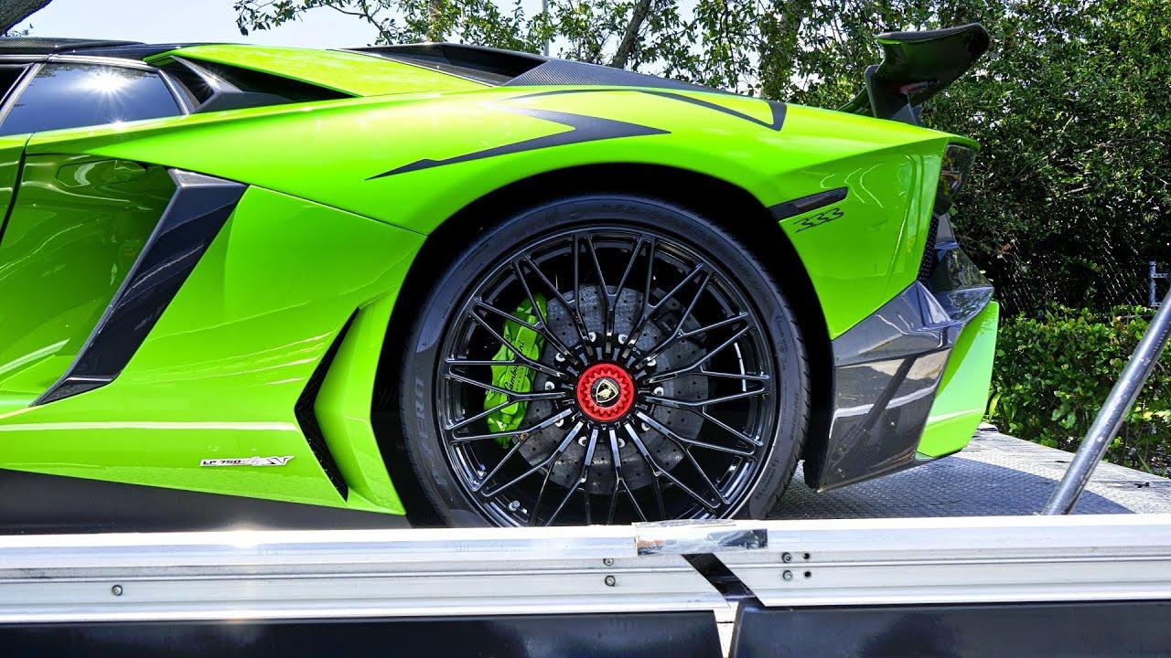 Lamborghini Aventador SV Roadster - ANGRY BULL - Start Up - Drive - Arriving To Lamborghini Miami