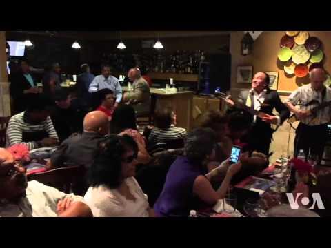 """""""Helena oh"""" na voz de Zezé Barbosa no restaurante Algarve"""