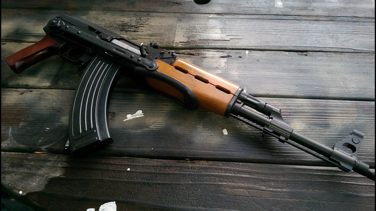 Yugo AK-47 Underfolder 1yr review - YouTube