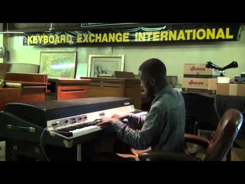 Fender Rhodes 88 key Suitcase $2,795 Keyboard Exchange International