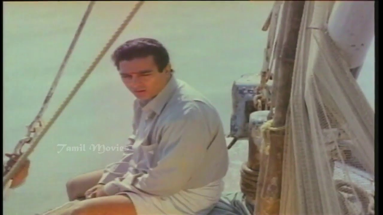 Nila Adhu Vanathumele Song HD