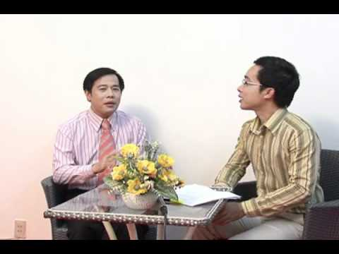 TS tâm lý Huỳnh Văn Sơn nói về nghề tham vấn và trị liệu tâm lý
