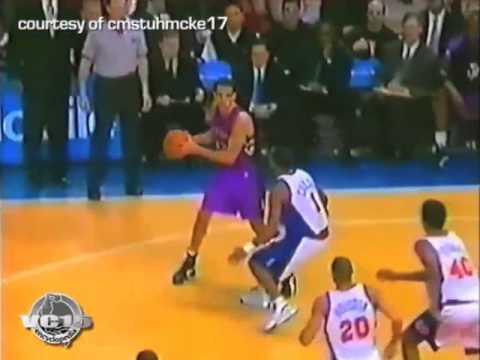 Vinsanity slams at home vs Knicks 2000 season
