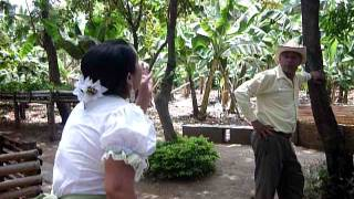 Amorfino en el Parque Historico