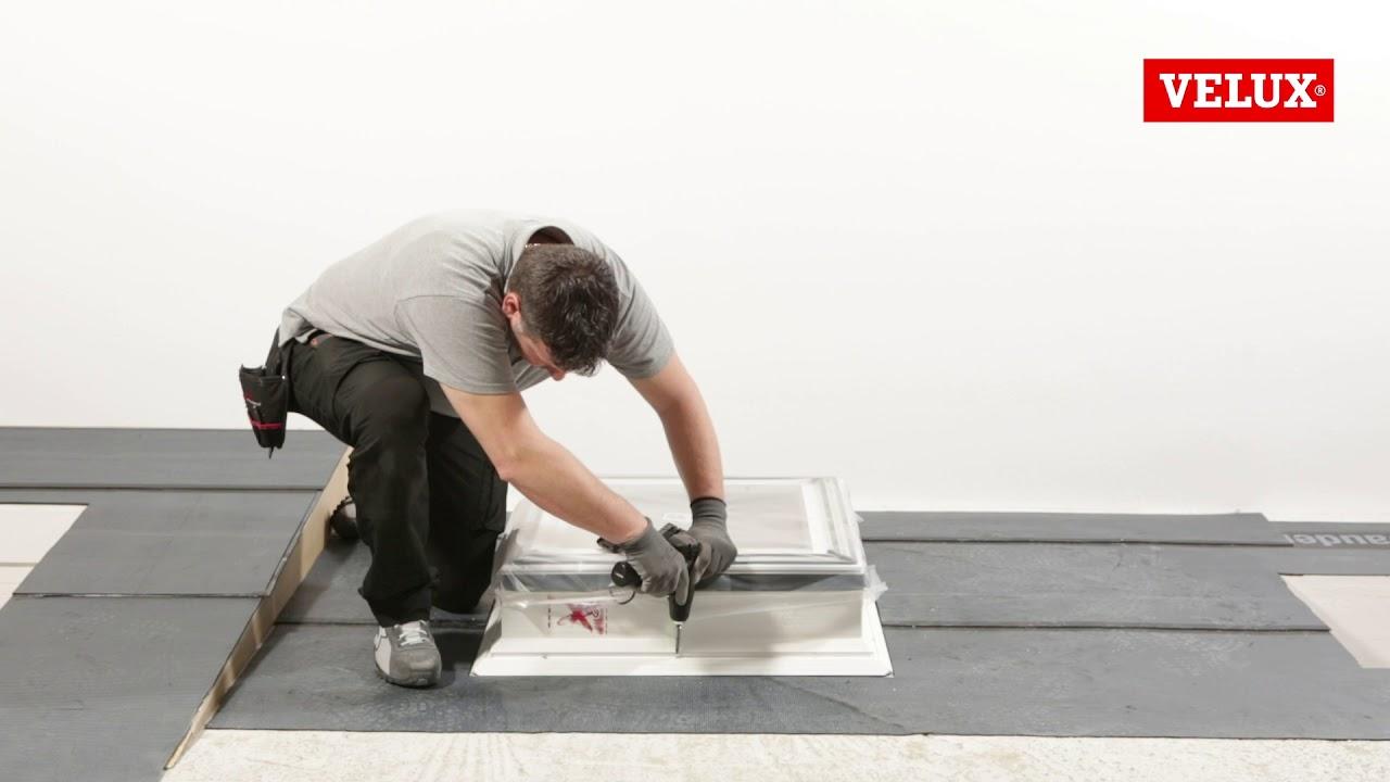 Finestra Oblò Leroy Merlin come installare una finestra per tetti piani velux