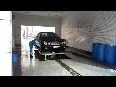 E500 W211 wash day 2 at ADNOC