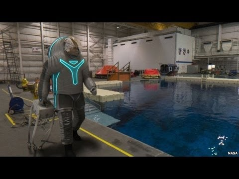 Nasa Shows Off Prototype Spacesuit For Journey To Mars