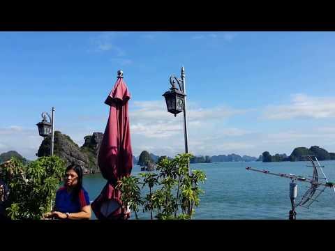 Halong Bay Luxury Cruise, Overnight Cruise in Ha Long Bay, Hanoi, Vietnam