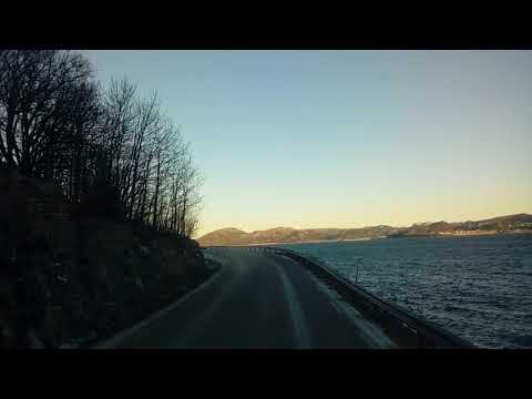 Norwegia zimą fjord Orkanger - Brekstad droga 710