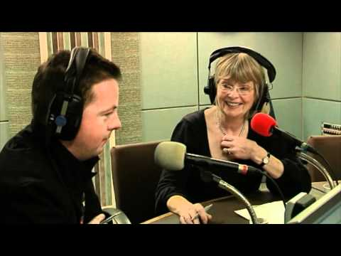 Oliver Callan of Nob Nation suprises Ruth Buchanan live on The John Murray Show