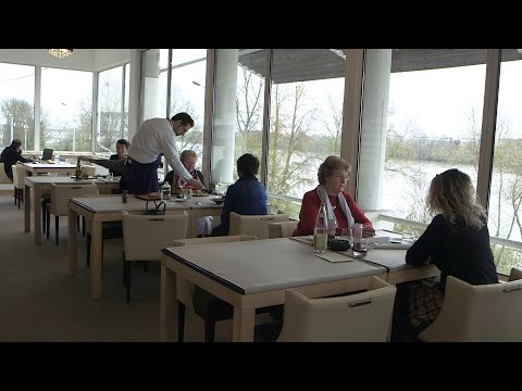 "Reportage : Le Restaurant ""Assa"""