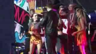 ЯнГо и группа «Серебро» поют песню «МАМА Люба»