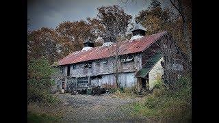 #152 SPOOKY WEIRD Abandoned  building | AMAZING STUFF LEFT behind!! VINTAGE AUDIO EQUIPMENT!