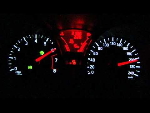 Nissan Juke 1.6 DIG-T (190 PS) 4WD CVT Acceleration 0-210 km/h (Manual mode)