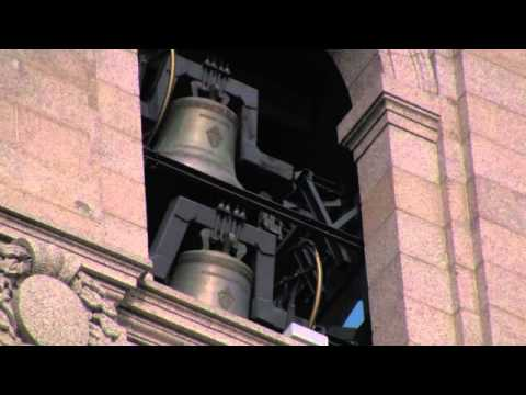 Bells pealing at the Cathedral of Saint Paul