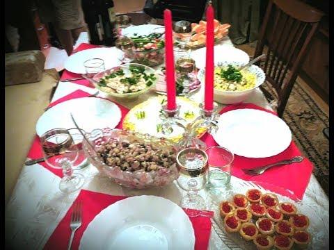 Старый Новый год,наша елка и  Новогодний стол/Покупка игрушек в Желтом кубе