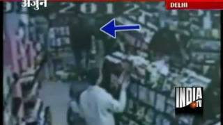 Gurgaon Man Nabbed For Shoplifting From Delhi Mall Using Baby Trolley