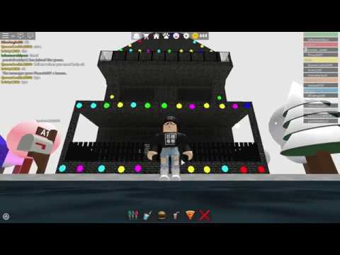 Roblox: Work at a Pizza Place: My 3 Story House (Nicer Walls