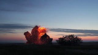 Уничтожение 4400 килограммов взрывчатки севастопольскими пиротехниками МЧС России в Керчи