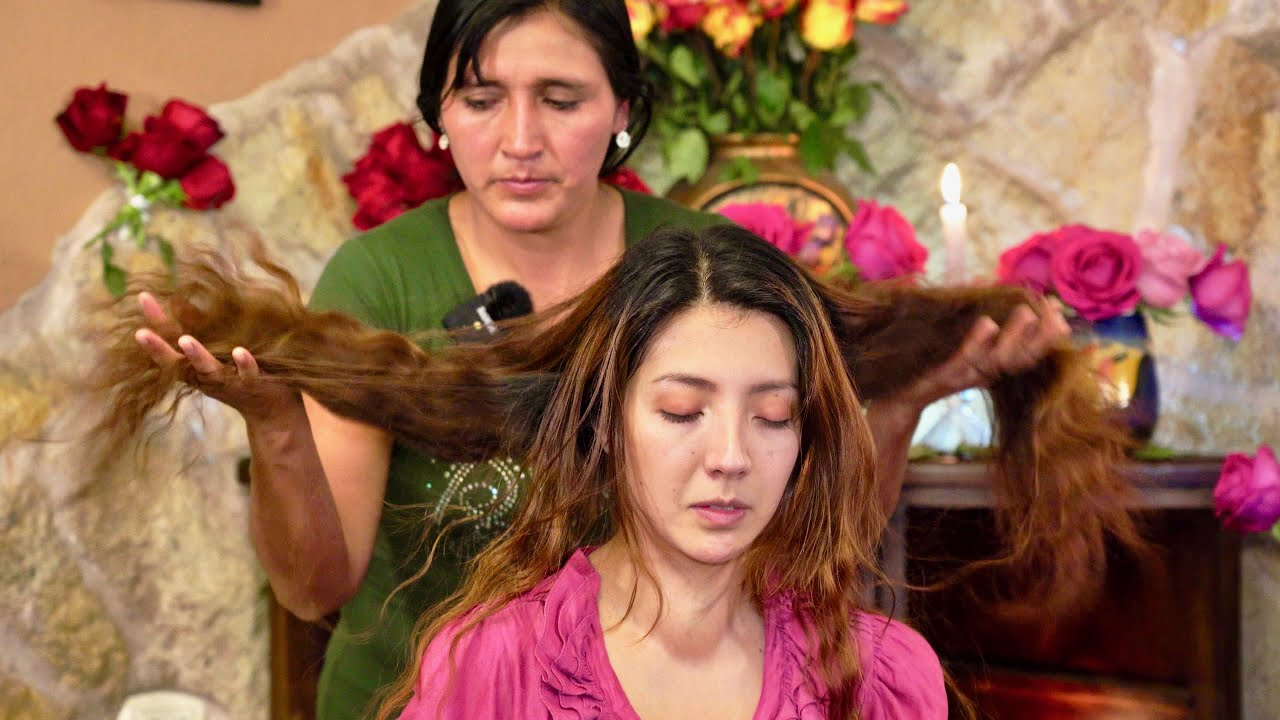 Esperanza's relaxing ASMR massage & cleansing (limpia) with gentle whispering & hair play