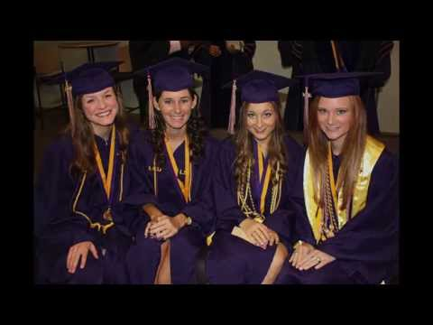 What are the requirements to graduate with honors from LSU?