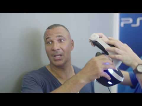 Ruud Gullit test his skills playing Headmaster | PlayStation VR | Champions Festival Milano 2016