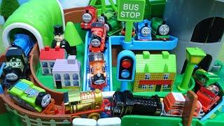きかんしゃトーマスがくるくるタワーアイランドをぐるぐる走るよ!ヒロやパーシーやジェームスもいるよ!Thomas & Friends ゆうぴょんyupyon