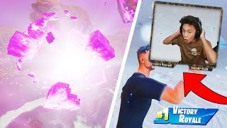 FORTNITE CUBE CRACKING LIVE GAMEPLAY WITH A WIN?! *EXPLOSION* (Fortnite Battle Royale Event)