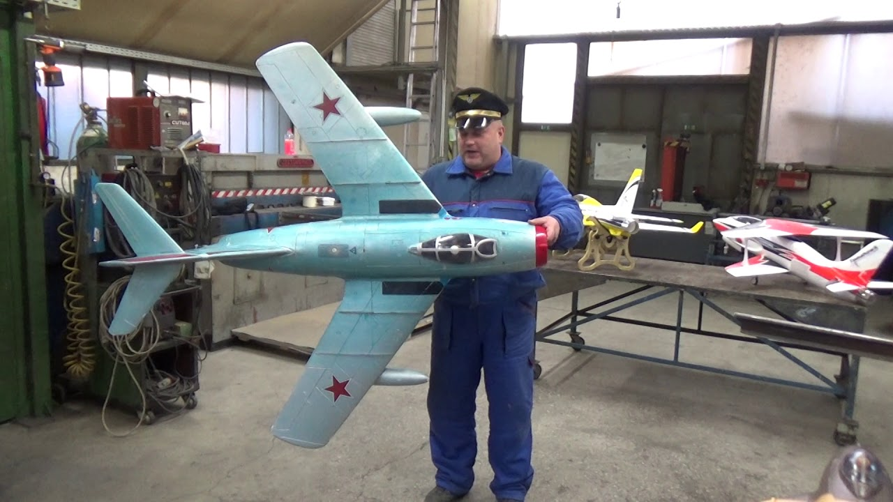 MIG15 Giant 1 6m 90mm EDF Jet SALVAGED and size comparison with MIG17