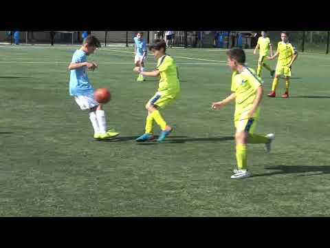 Football tournoi u13 du val bessillon de l'OSM u12 le 9 juin 2018