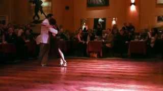 Gustavo & María - Vals En El Parakultural 11/04/2014