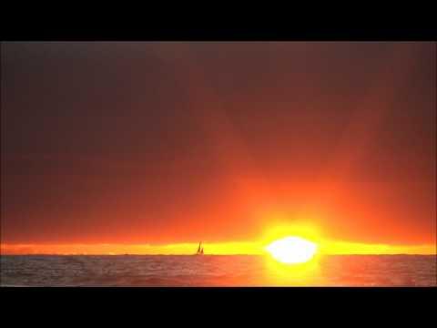 Coucher de soleil à Moliets Plage / musique Niagara (15 août 2011)